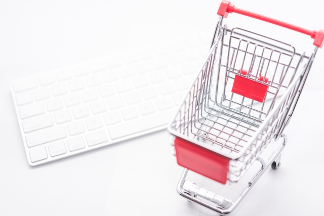 物販はショッピングサイトが強い